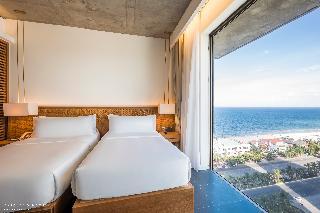 Chicland Danang  Beach Hotel Image 0