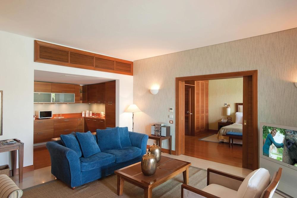 Grand Resort Lagonissi Image 14