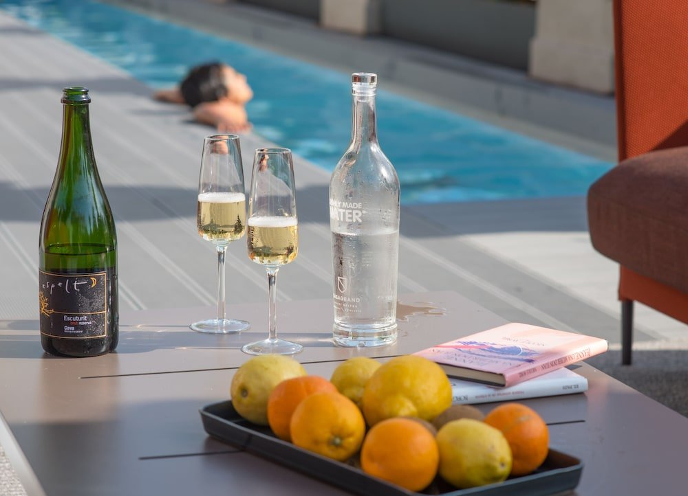Casagrand Luxury Suites Image 17