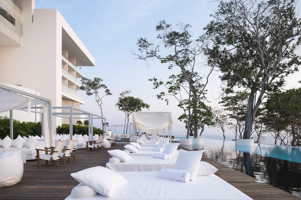 Encanto Acapulco Image 24