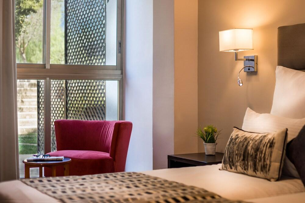 C Neve Ilan Hotel, Jerusalem Image 7