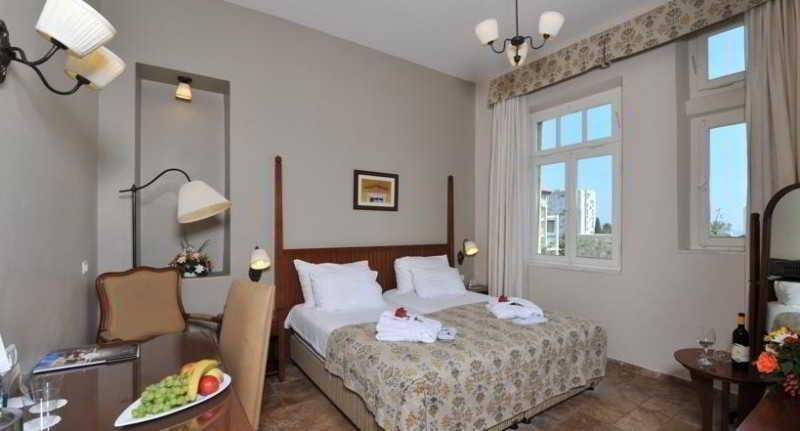 Colony Hotel Haifa Image 9
