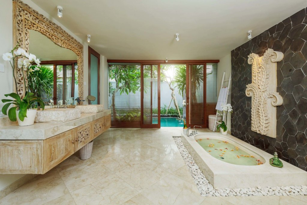Royal Purnama Art Suites & Villa Image 26