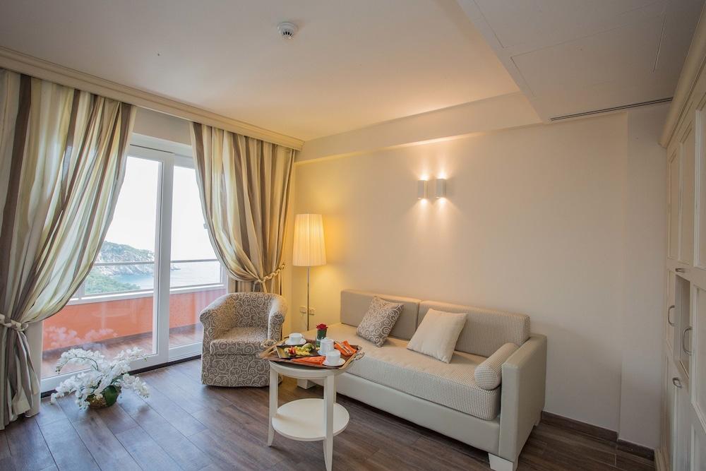 Hotel Torre Di Cala Piccola, Porto Santo Stefano Image 17