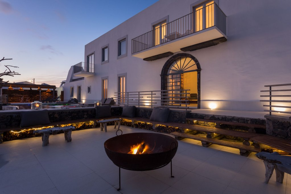 White Exclusive Suites & Villas, Lagoa Image 8