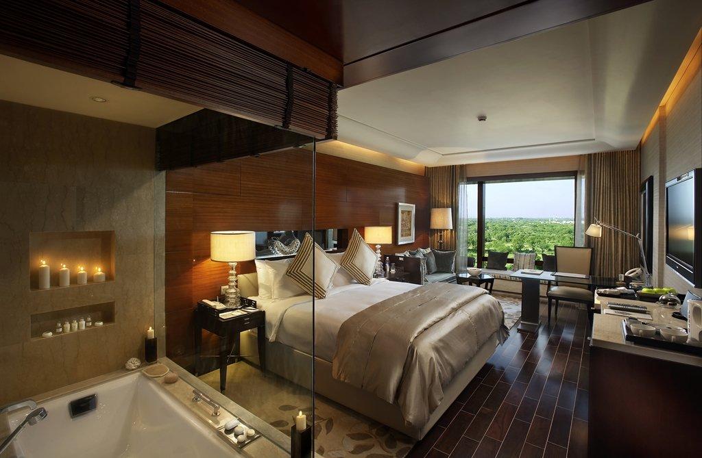 The Leela Ambience Hotel & Residences, Gurugram Image 7