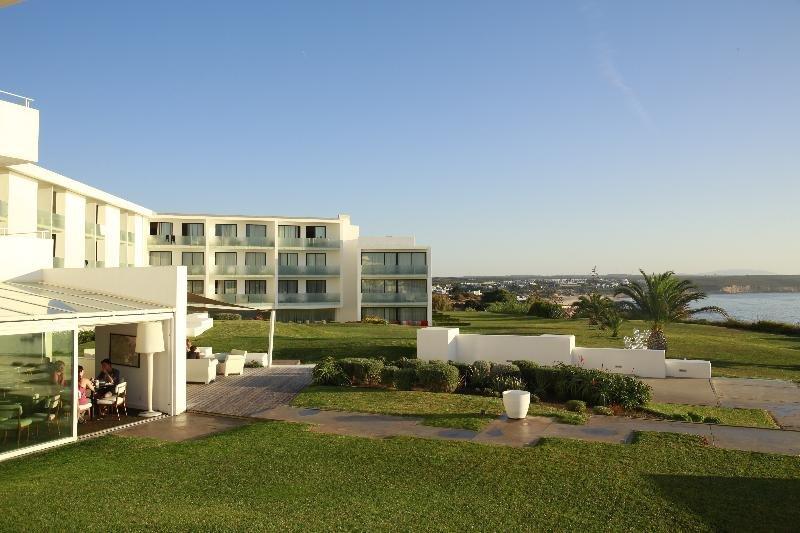 Memmo Baleeira Hotel Image 11