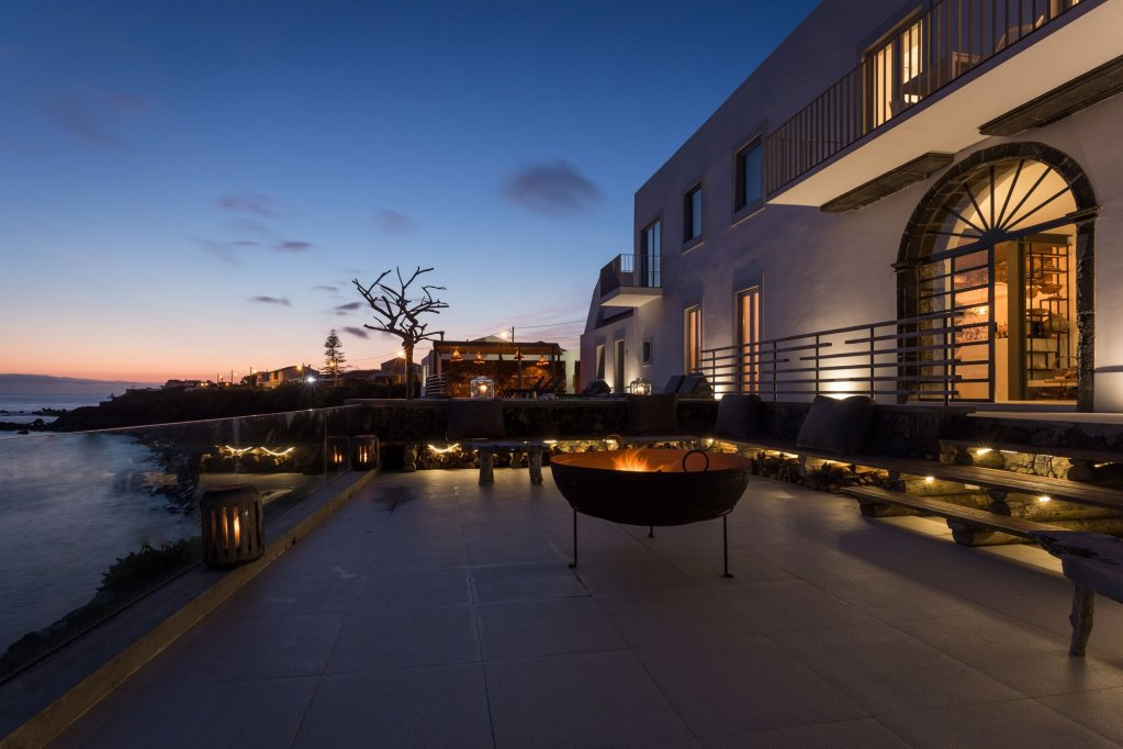 White Exclusive Suites & Villas, Lagoa Image 22