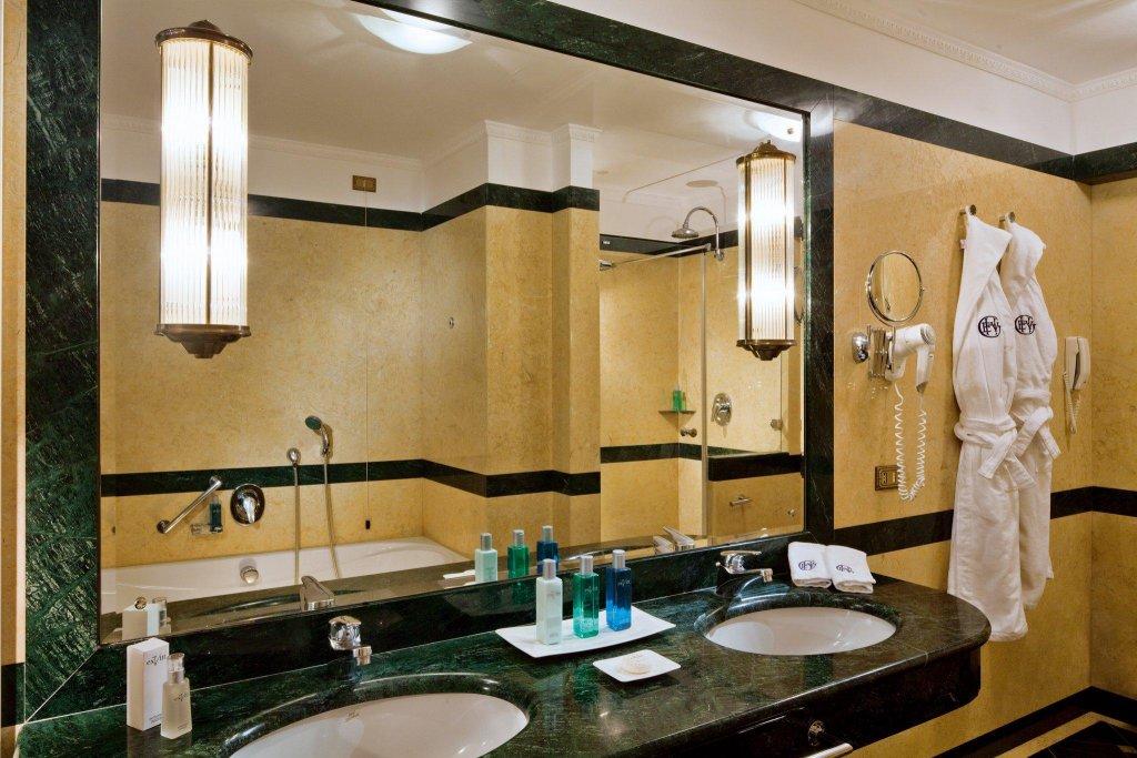 Grand Hotel Excelsior Vittoria Image 8