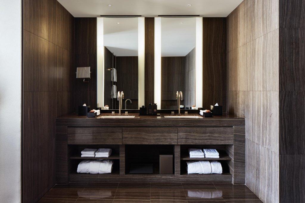 Armani Hotel Dubai Image 44
