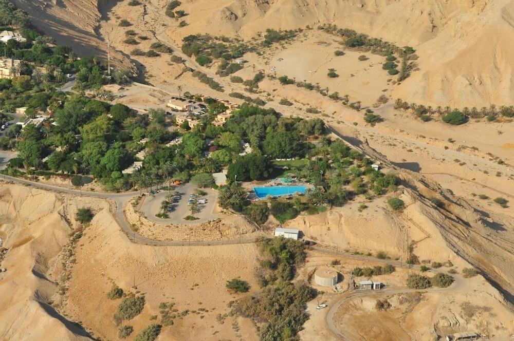 Ein Gedi Kibbutz Hotel Image 6