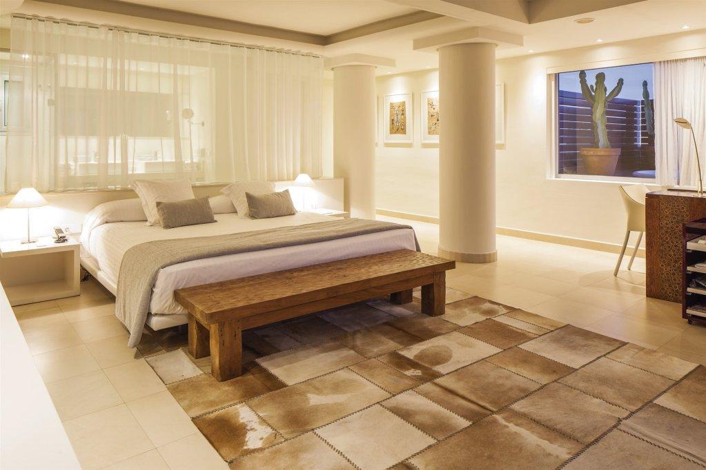El Hotel Pacha – Includes Entrance To Pacha Club Image 13