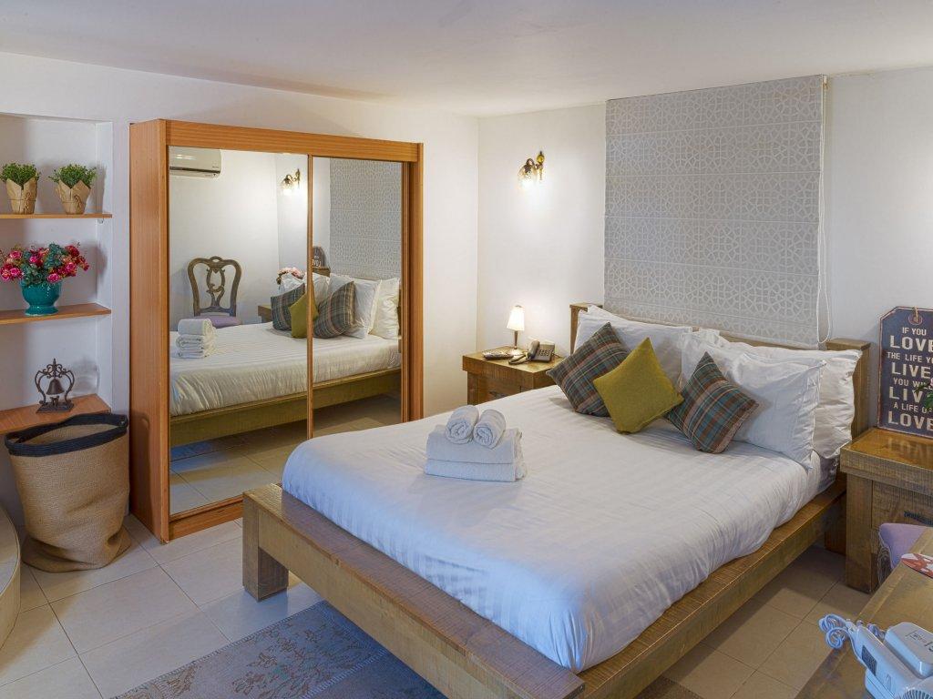 Margosa Hotel Image 3