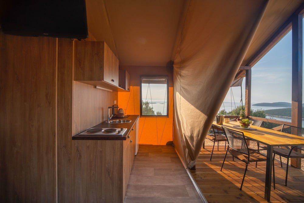 Glamping Tents Trasorka - Campsite Image 3