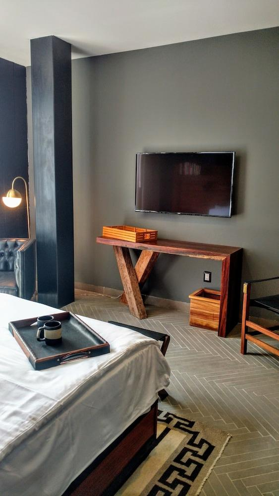Hotel Emiliano, A Member Of Design Hotel, Leon Image 19