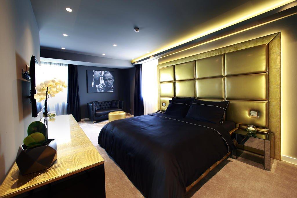 Hotel 9 Image 0