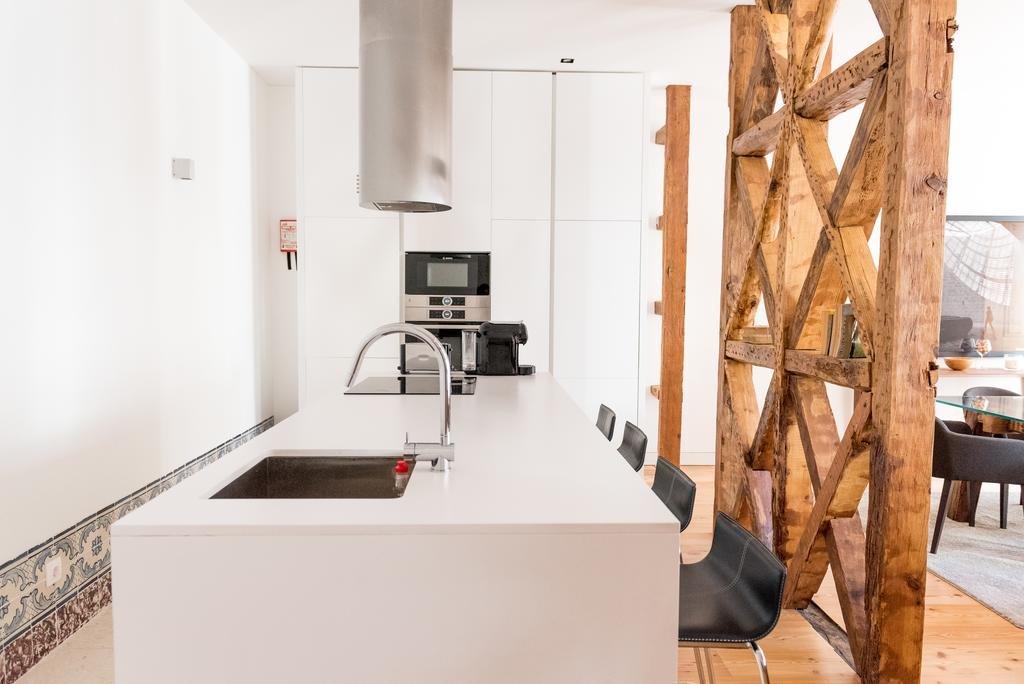 Flora Chiado Apartments Image 6