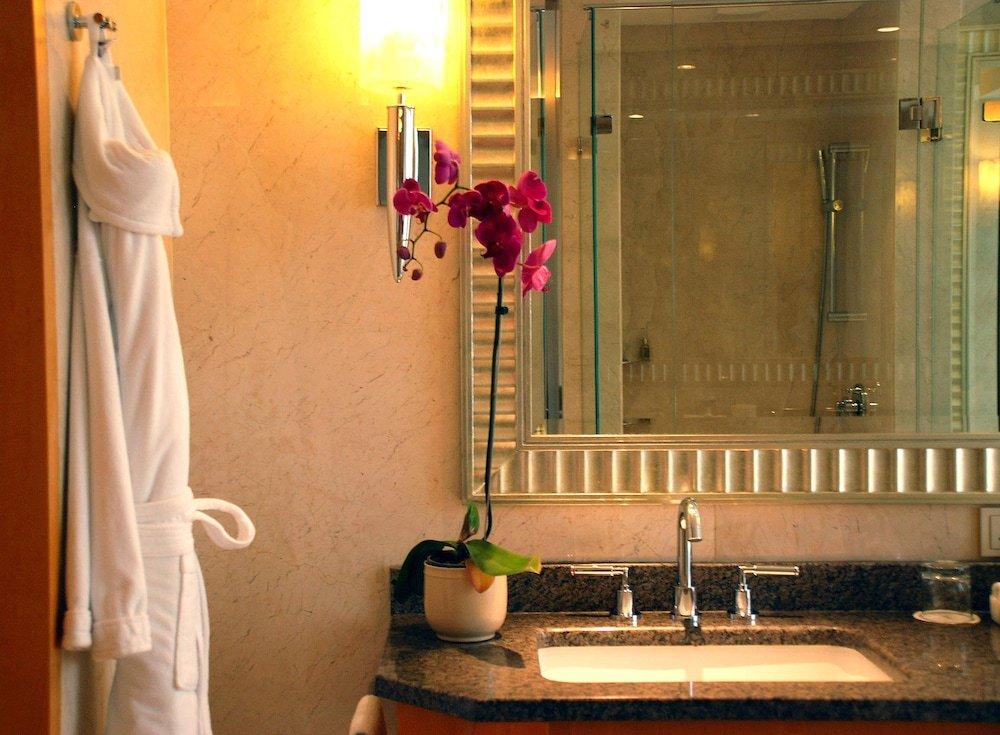Four Seasons Hotel Mumbai Image 7