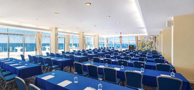 Royal Blue Hotel Image 49