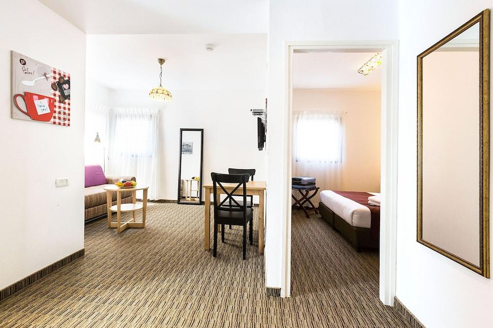 Arbel Suites Hotel, Tel Aviv Image 7