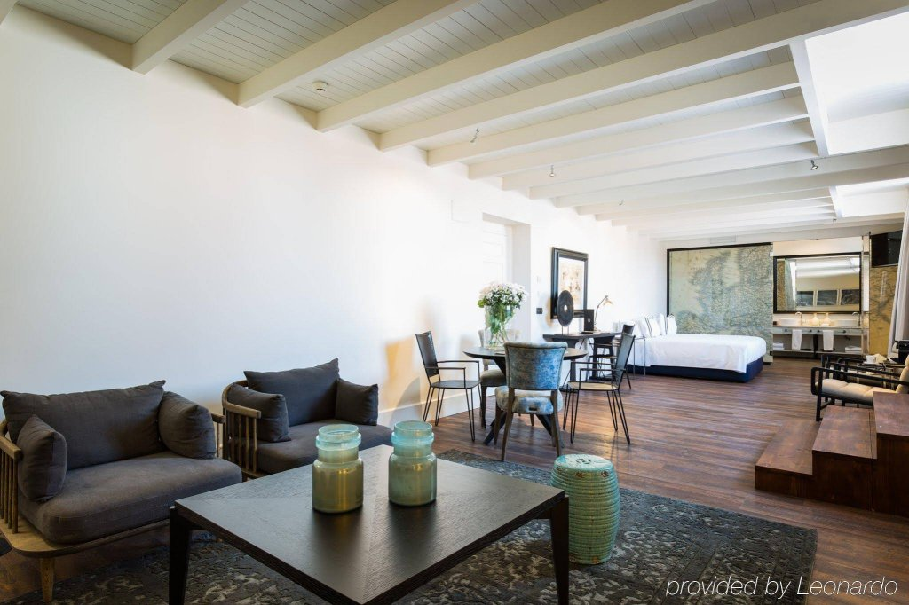 Only You Boutique Hotel Image 8