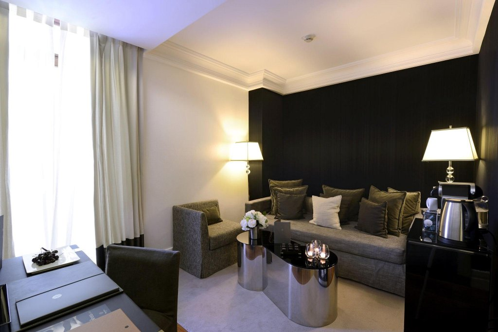 Hotel Único Madrid - Small Luxury Hotels Of The World Image 1
