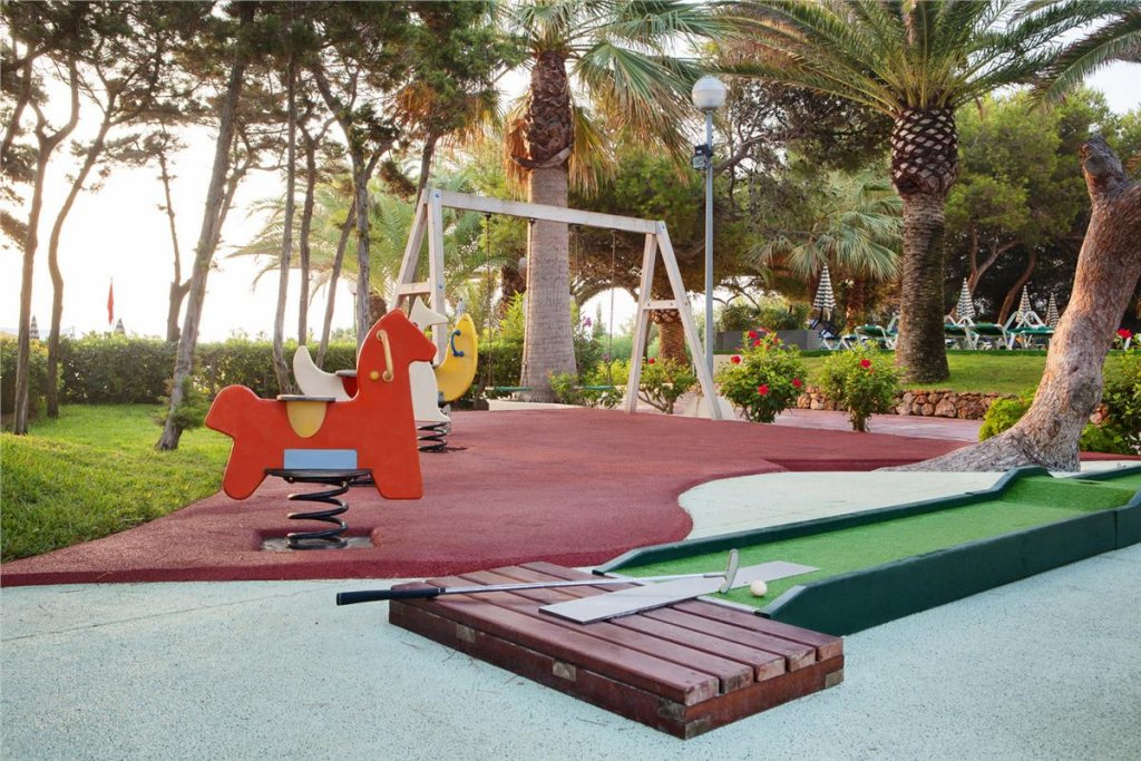 Bless Hotel Ibiza Image 19