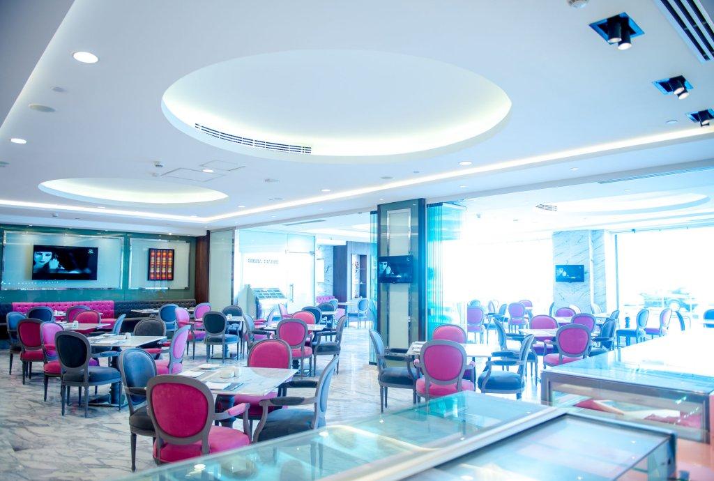 Hilton Alexandria Corniche Image 16