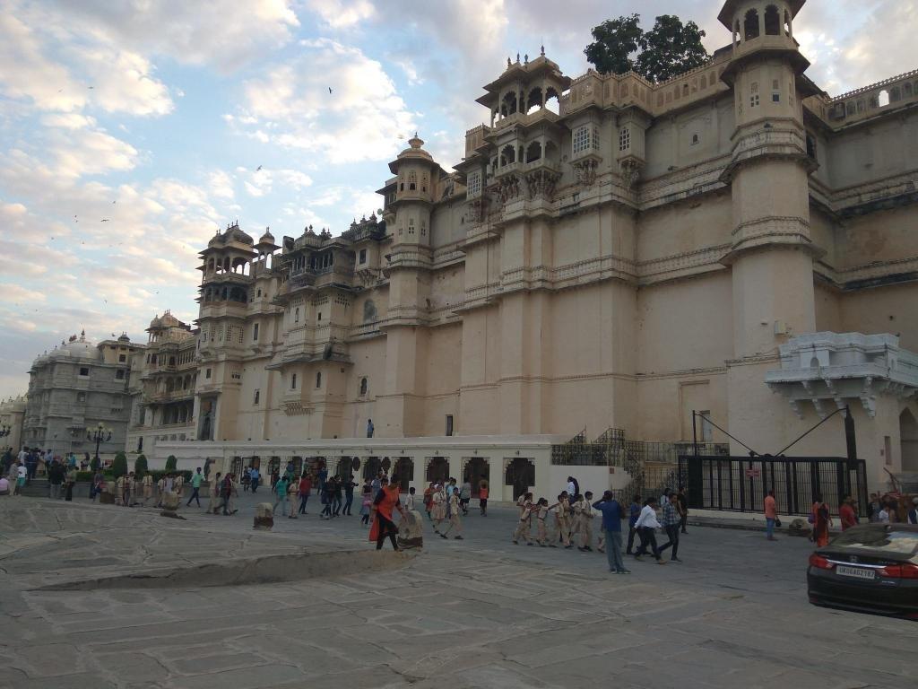 Taj Lake Palace Image 8
