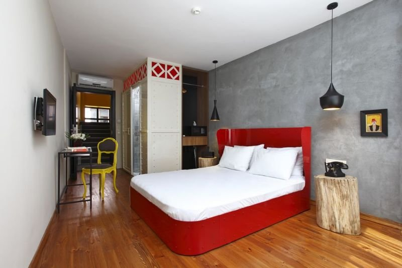 Sub Hotel Image 0
