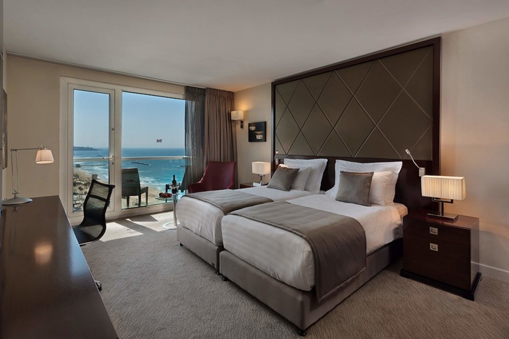 Crowne Plaza Tel Aviv Beach Image 15