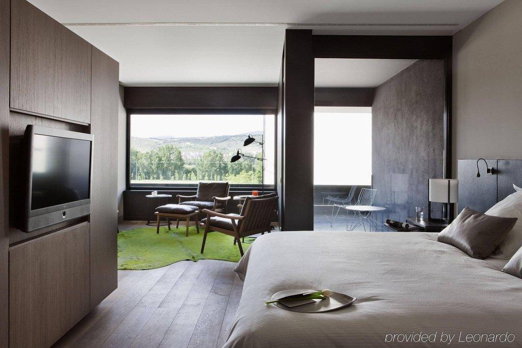 Hotel Alma Pamplona Image 0