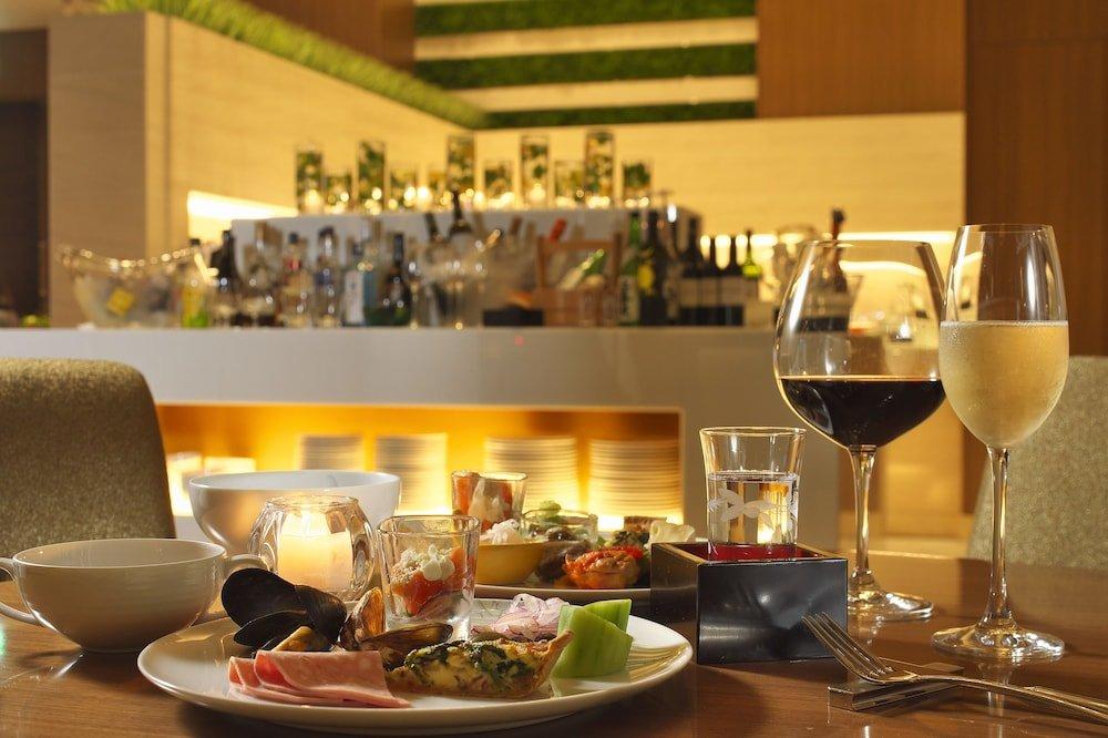 Osaka Marriott Miyako Hotel Image 39
