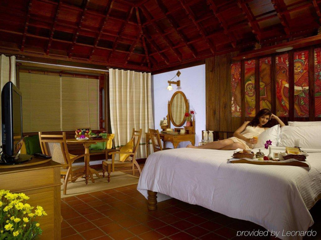 Kumarakom Lake Resort Image 6