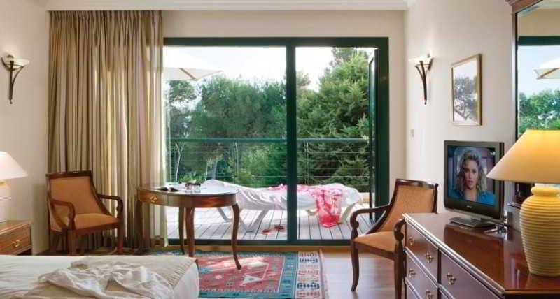 Carmel Forest Spa Resort Image 4