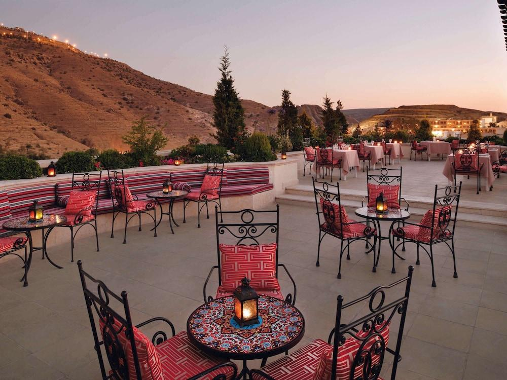 Mövenpick Petra Resort Image 12