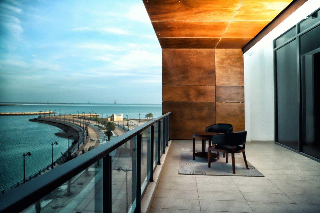 Danah Al Jubail Suites Image 1