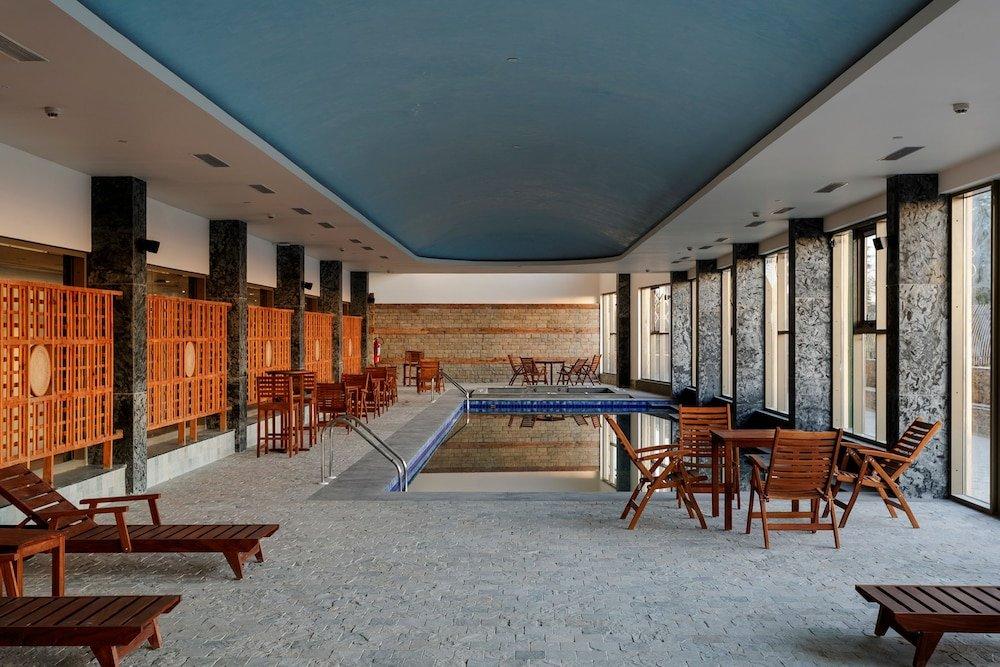Taj Theog Resort & Spa Image 4