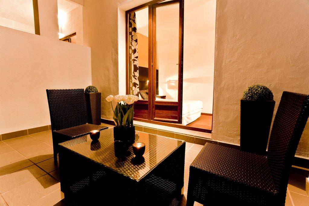 Room Mate Leo Hotel, Granada Image 9