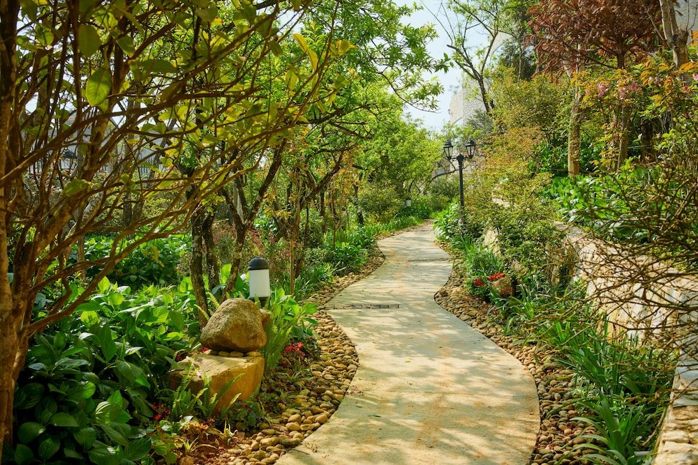 Silk Path Grand Resort & Spa, Sapa Image 14