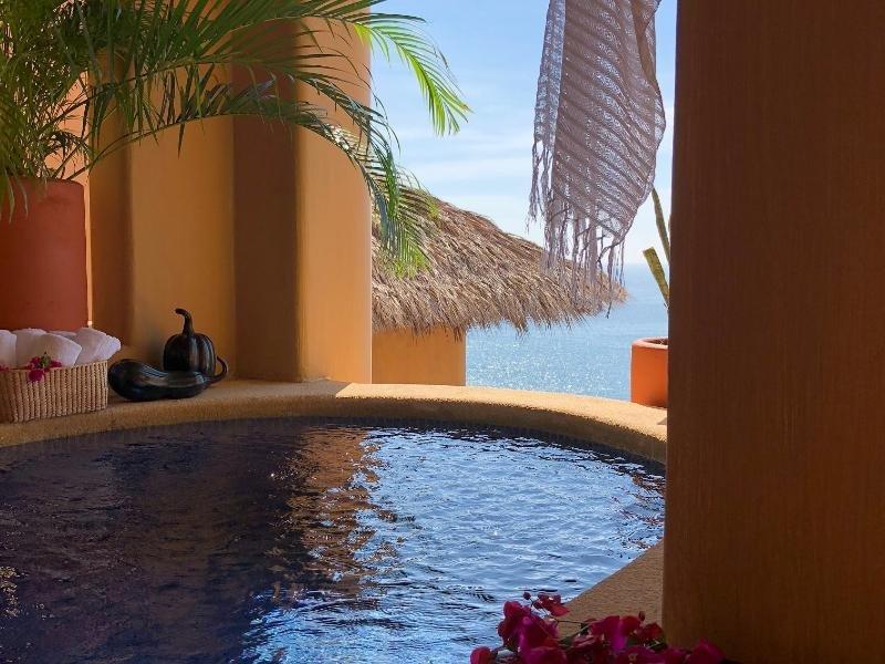 Cala De Mar Resort & Spa Ixtapa Image 1