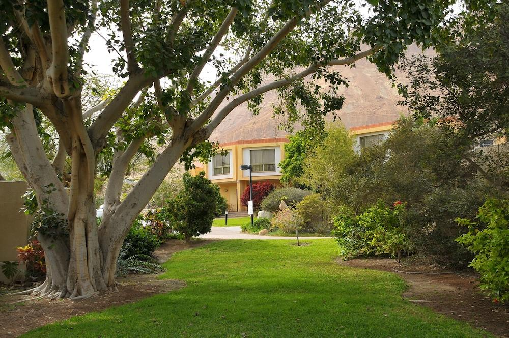 Ein Gedi Kibbutz Hotel Image 5