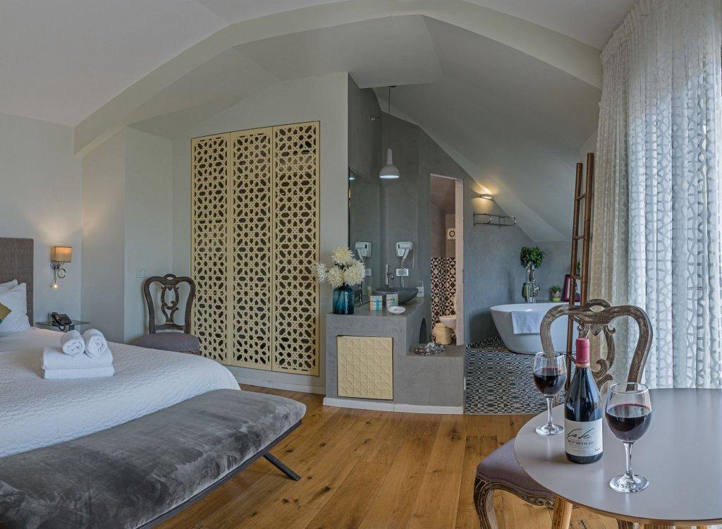 Margosa Hotel Image 9