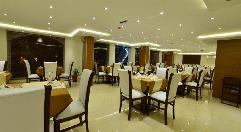 P Quattro Relax Hotel, Petra Image 5