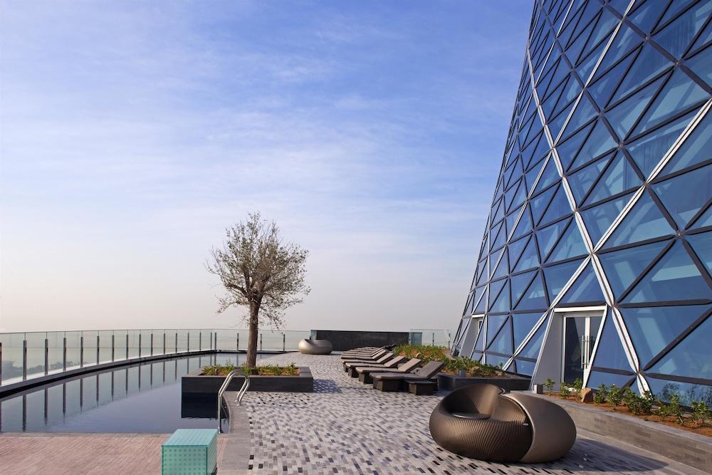 Andaz Capital Gate Abu Dhabi - A Concept By Hyatt Image 3
