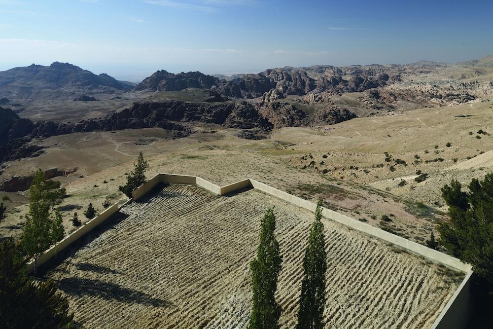 Movenpick Nabatean Castle Hotel, Petra Image 17