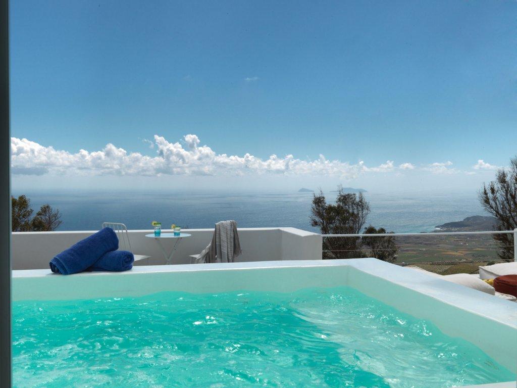 Santorini Heights Image 15