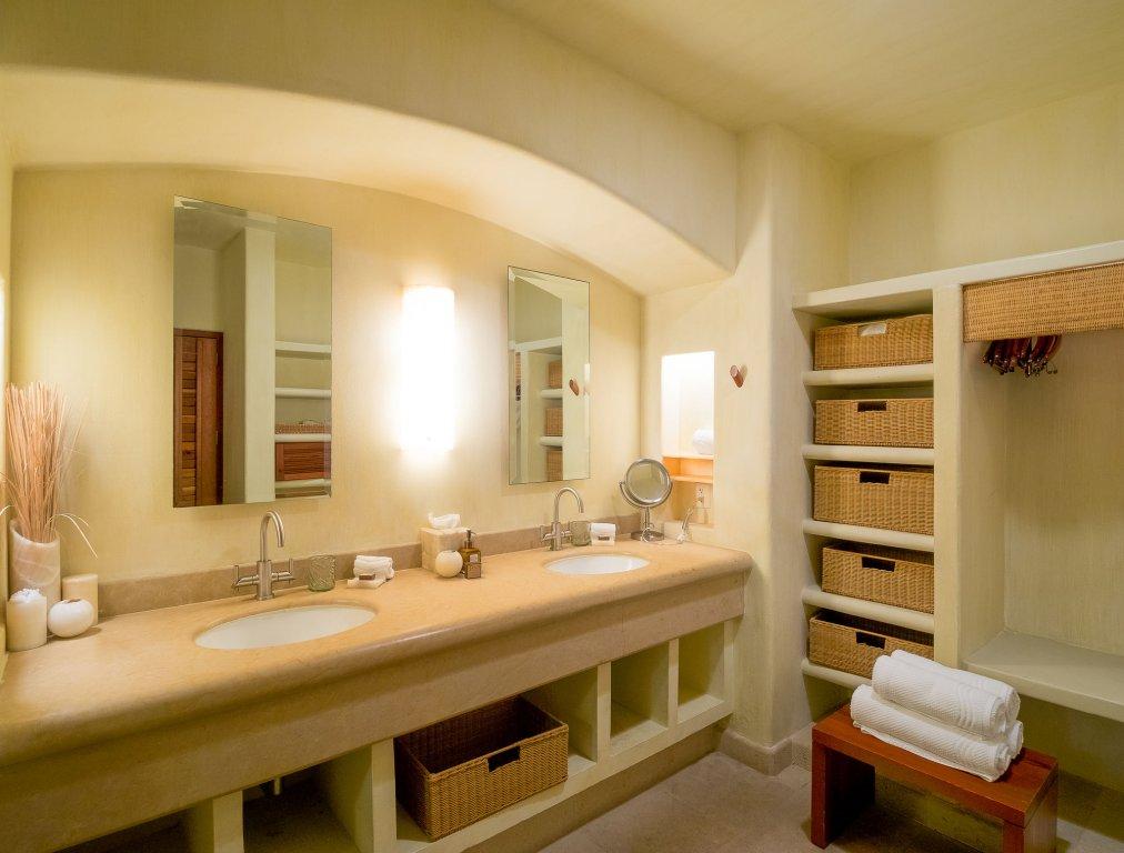 Cala De Mar Resort & Spa Ixtapa Image 3