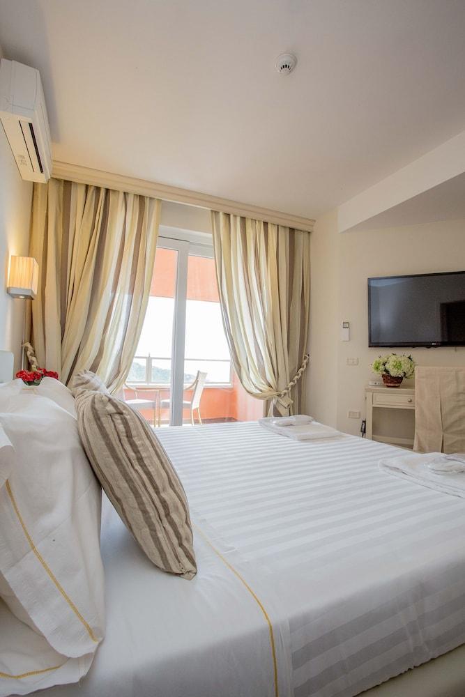 Hotel Torre Di Cala Piccola, Porto Santo Stefano Image 14