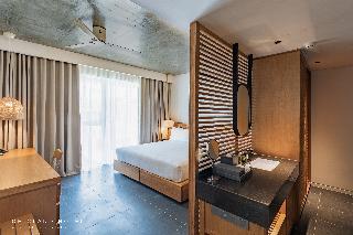 Chicland Danang  Beach Hotel Image 5